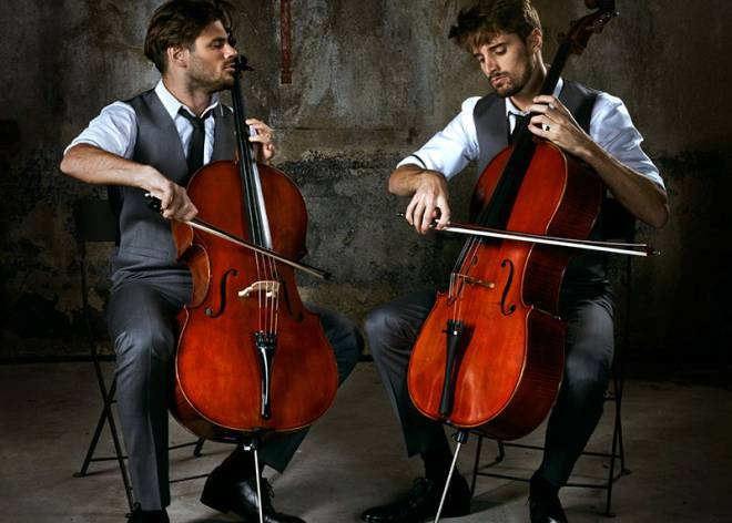 2cellos los 39 rock stars 39 de la m sica cl sica for Casa piscitelli musica clasica