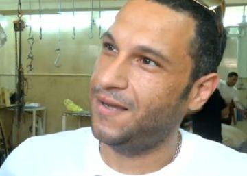 El hombre que salvó la vida al cambiar el billete del EgyptAir