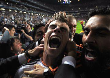 Gareth Bale celebra la Champions que ganó el Real Madrid al Atlético el pasado 24 de mayo de 2014, en Lisboa.