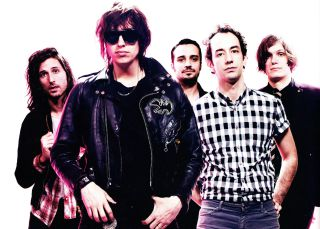 Julian Casablancas confirma el regreso de The Strokes