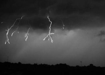 Así es una tormenta eléctrica a 7.000 fotogramas por segundo