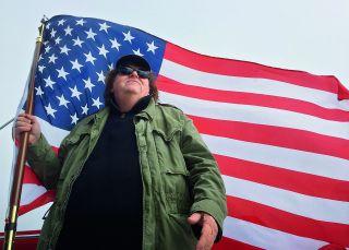 Michael Moore viene a 'robarnos' nuestros derechos sociales