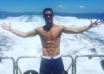 Cristiano Ronaldo, de vacaciones en Ibiza