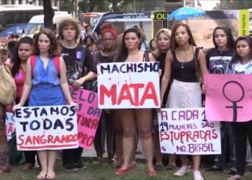Una serie de protestas contra la violación reune a miles de brasileñas