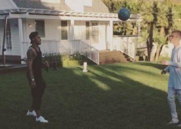 Neymar y Bieber quedan para jugar al fútbol