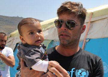 Ricky Martin visita a refugiados sirios en Líbano