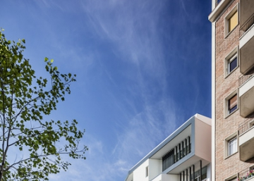 ¿Qué dice la fachada de un colegio?