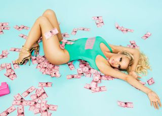 Pamela Anderson: