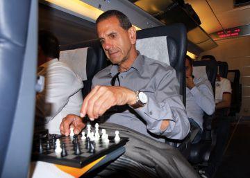 Jugar al ajedrez a más de 300 kilómetros por hora