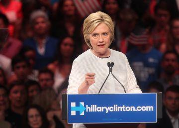 Clinton hace historia