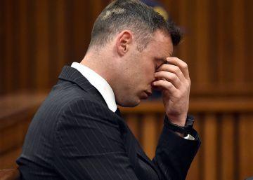 """Pistorius es un hombre """"roto"""", asegura la defensa"""