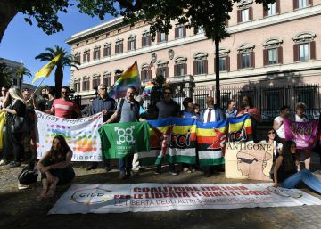 Peligro: homofobia