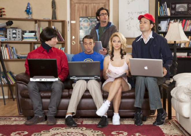 De 'The Big Bang Theory' a 'Expediente X', parodias porno para no olvidar