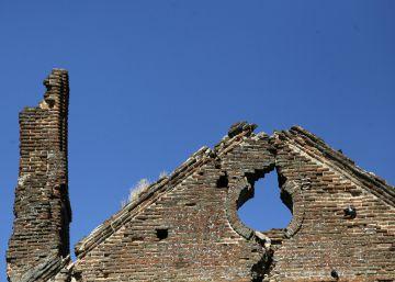 Una iglesia en ruinas