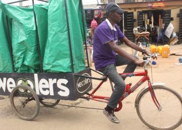 Lagos apuesta por el reciclaje a pedal