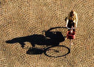 ¿Cómo se mantiene de pie una bicicleta? Sorprendentemente, es una cuestión mental