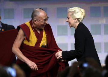 El Dalai Lama y Lady Gaga charlan sobre la compasión