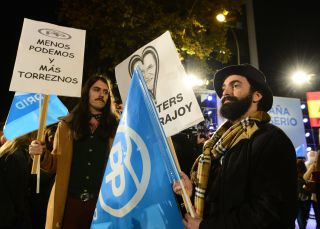 La guerrilla 'hipster' que toma el pelo a los simpatizantes del PP