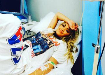 Rita Ora en el hospital.