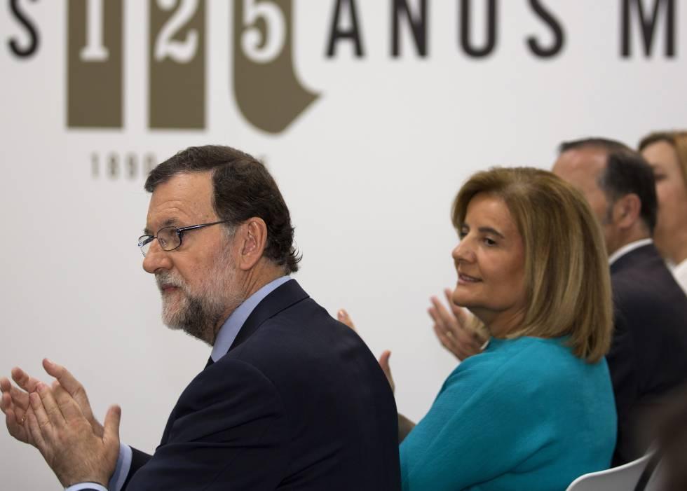 Mariano Rajoy con Fátima Báñez.