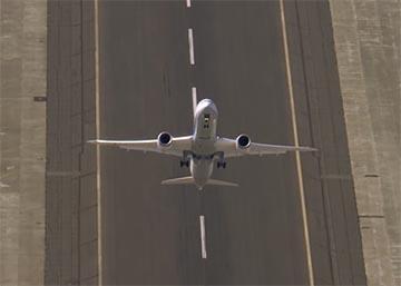 Así despega un avión en vertical