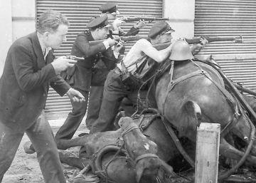 El comienzo de la Guerra Civil en Barcelona, por Centelles