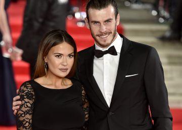 Bale pide matrimonio a la madre de sus hijos