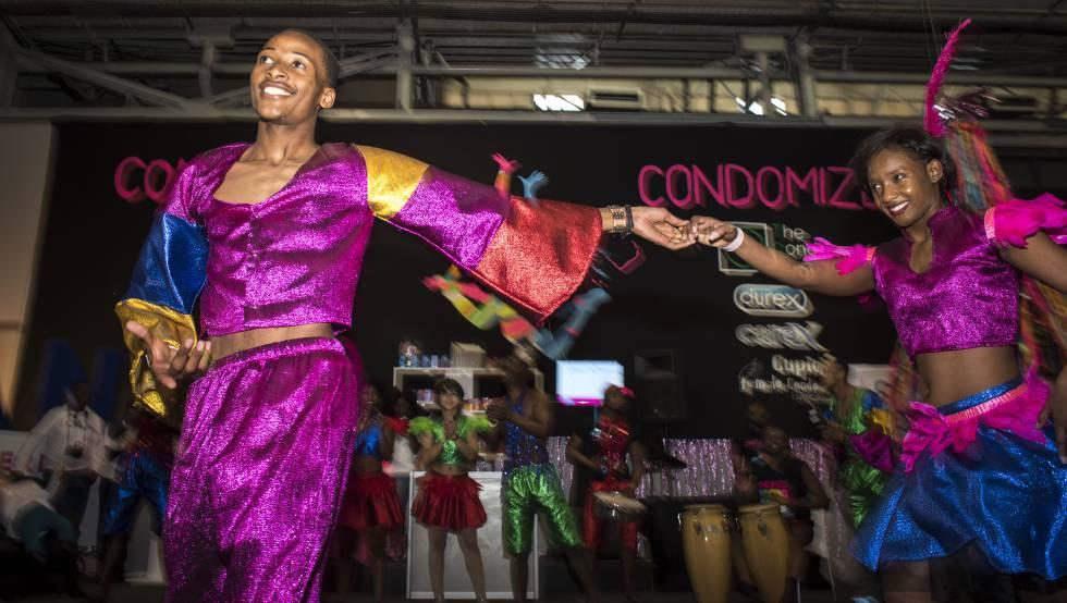 Espectáculos en la Conferencia Internacional de Sida que se está celebrando en Durban.