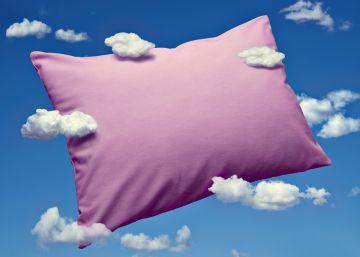 Ocho trucos para dormir plácidamente en un avión