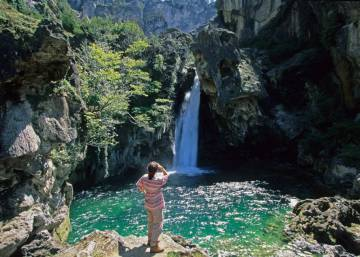 Top hiking trails in Spain