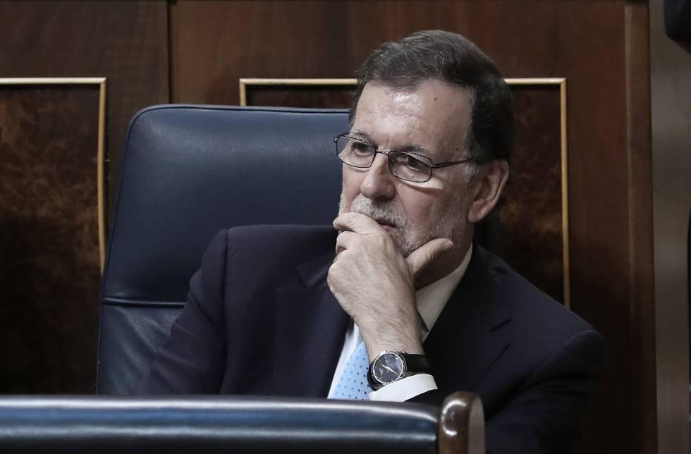 Un gesto de Mariano Rajoy durante la constitución del nuevo Congreso.
