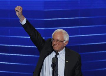 El precandidato a la presidencia, Bernie Sanders, durante su discurso en la Convención Nacional Demócrata de Filadelfia.