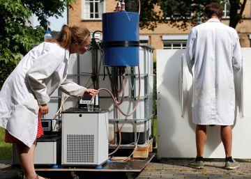 La máquina que convierte la orina en agua