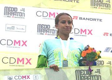 Dos mexicanos llegan al podio del maratón de la Ciudad de México
