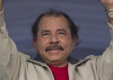 Ortega se quita la máscara