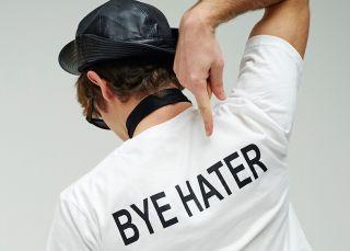 Si haces esto en las redes sociales, eres un 'hater'