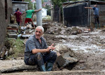 Las inundaciones en Macedonia se saldan con la muerte de 20 personas