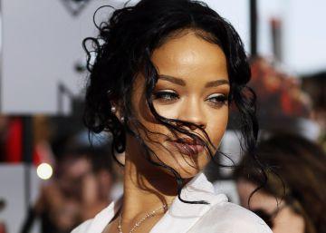 Así engaña a Rihanna su mejor amiga