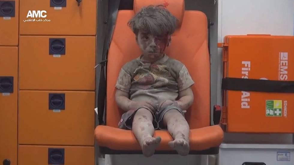 La imagen del niño sirio que ha sido portada en medios de todo el mundo.