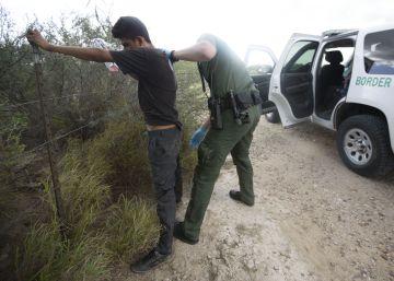 Cientos de kilómetros de frontera entre EE UU y México