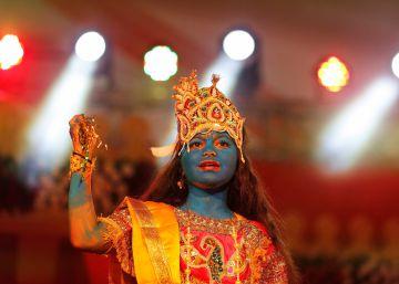 India celebra el nacimiento de Krisna