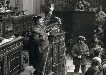 """""""Los obispos fueron cómplices de hecho del golpe del 23-F"""""""