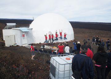 Acaba una simulación de un año de viaje a Marte
