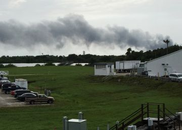 Explosión antes del lanzamiento del cohete SpaceX en Florida
