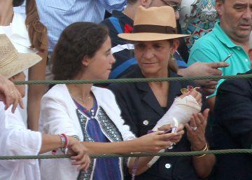 La infanta Elena reaparece en los toros tras ser operada