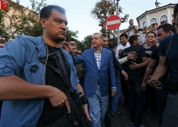 Libertad para Asli Erdogan