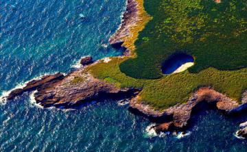 Imagen aérea de la Playa del Amor, escondida en las islas Marietas.