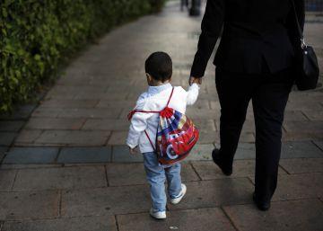 ¿Qué hacer si tu hijo no quiere ir al colegio y llora siempre?