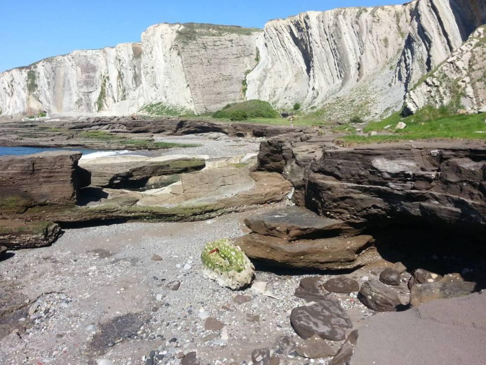 Esta playa de Bilbao es una de las pruebas geológicas usadas de la huella del ser humano en el planeta.