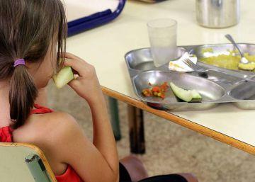 Comer en casa o en el colegio, ¿qué es mejor?